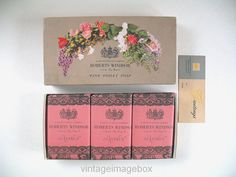 Roberts Windsor Soap Set Dianthus 1950s vintage toiletries, By Royal Appointment, by VintageImageBox
