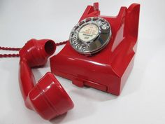 Rare red Antique 332 Telephone 1954
