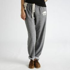 Roots original organic Cotton sweatpants, so cute and casual Roots Sweatpants, Sweatpants Outfit, Sporty Outfits, Outfits For Teens, Cute Outfits, School Outfits, Sporty Clothes, Athletic Fashion