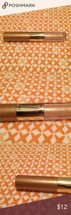Tarte Gleam Team Highlighter Tarte Gleam Team Highlighter. One liquid one cream in coordinating champagne colors. Hypoallergenic fragrance free dermatologist tested. Travel sized. Make an offer or check out my other items for bundles! tarte Makeup Luminizer