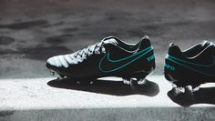 A Closer Look at the Nike 'Pitch Dark' Pack