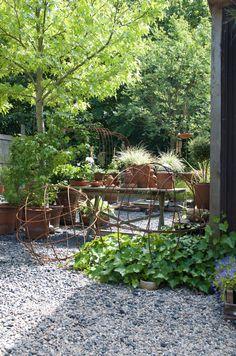Winterizing a Garden that's On Your Balcony – The Gardening Spot Garden Oasis, Green Garden, Garden Art, Garden Design, Home And Garden, Bamboo Garden, Garden Ideas, Outdoor Plants, Outdoor Rooms
