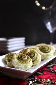 These flavourful rolls are a great party appy. #vegan