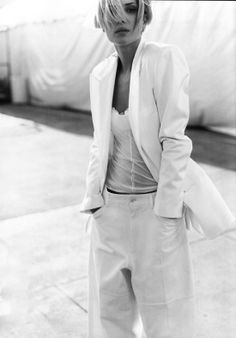 Minimal + Classic: Erin Wasson in white suit photographed by Mario Testino and styled by Carine Roitfeld for Vogue US February 2001 fashion editorial