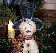 "Primitive Frosty Snowflake Christmas Ornie 6"" Snowman Doll (:"