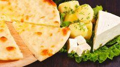 Осетинский пирог с картошкой и сыром – сытный и сочный пирог с картошкой и сыром, приготовленный по древнему рецепту. Полезный он как взрослым, так и детям. Вы полюбите его с первого кусочка.  Состав: картофель пюре, осетинский сыр.  Вес: 1000 г  #осетинскиепироги #пирогскартошкойисыром #осетинскийпирогскартошкойисыром #пирогор