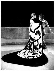 SALOME / ALLA NAZIMOVA & AUBREY BEARDSLEY