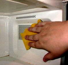 Best Way to Clean Inside Microwave Ovens - Easy, Safe Remedies