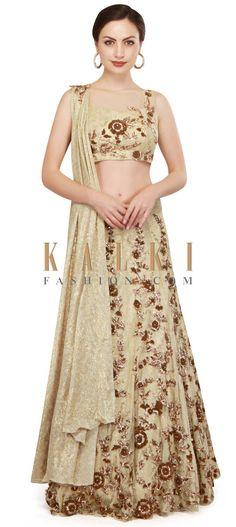 Gold lehenga and blouse in french knot and zardosi work only on Kalki Sharara, Salwar Kameez, Kurti, Hippie Chic, Moda Indiana, Gold Lehenga, French Knot Embroidery, Zardosi Work, Glamour