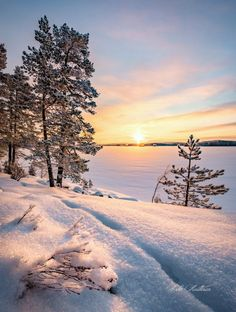 Winter Szenen, Winter Love, Winter Holidays, Beautiful Sunset, Beautiful World, Beautiful Places, City Landscape, Winter Landscape, Landscape Pictures
