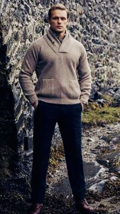 Sam Hueghan, Sam And Cait, Sam Heughan Caitriona Balfe, Sam Heughan Outlander, Sam Hall, Handsome Guys, Best Series, Jamie Fraser, Perfect Man