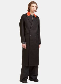 YANG LI Men'S Contrast Collared Double-Breasted Coat In Black. #yangli #cloth #