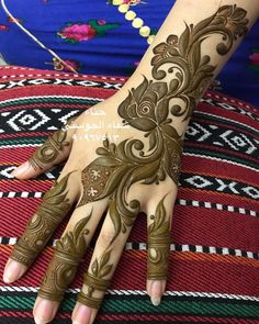 Modern Henna Designs, Floral Henna Designs, Latest Bridal Mehndi Designs, Mehndi Designs For Girls, Wedding Mehndi Designs, Khafif Mehndi Design, Mehndi Art Designs, Engagement Mehndi Designs, Mehendhi Designs