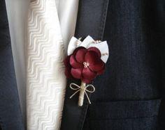 Marié ou Boutineers de garçons d'honneur pour les boutonnières Marsala boutonnières de mariage
