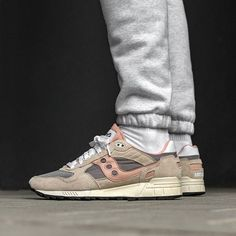 651 Best Sneakers  Saucony images in 2019  3e127370dba