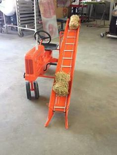 ALLIS-CHALMERS WD-45 Pedal Tractor W/Custom Built Bale Loader Pedal Tractor, Pedal Cars, Vintage Farm, Vintage Toys, Allis Chalmers Tractors, Kids Bicycle, Antique Tractors, Farm Toys, Kids Ride On