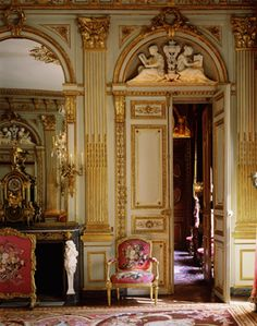 Wonderful classic interior! Decoration and restoration work by Mériguet-Carrère.