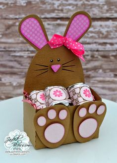 Hello! Mel from Doxie Mel Designs with a new project for you today. I wanted to make something for Easter for someone special. I found this cute bunny belly box at the Silhouette Design Store and fil