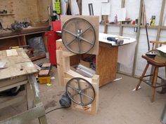 Warren Brownell's Gilliom / woodgears bandsaw