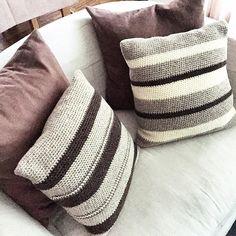 Ravelry: silviapi's striped cushions