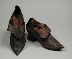 Pair of Woman's Shoes England, 1740s-1750s Costumes; Accessories Morrocan leather, boarded leather, goatskin 4 1/2 x 9 in. (11.43 x 22.86 cm) each