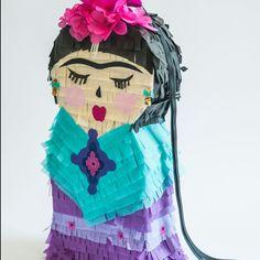 Frida khalo piñata