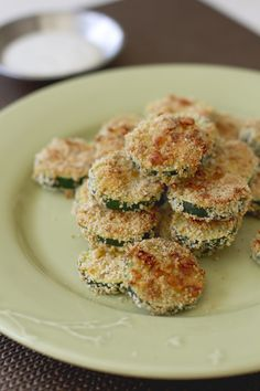 Baked Parmesan Zucchini Coins - http://www.daydreamkitchen.com/2013/04/baked-parmesan-zucchini-coins/
