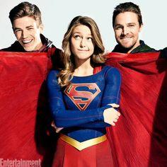 The Flash - Grant Gustin Green Arrow - Stephe Amell Supergirl - Melissa Benoist