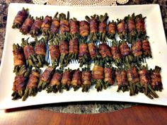 """If you are looking for the perfect dish that will complete any holiday meal, this delicious recipe for """"Holiday Green Bean Bundles"""" is just what you have been searching for. Green Bean Bundles, Friday Holiday, Adams Homes, Dinner For Two, I Love Food, Vegetable Recipes, Alter, Asparagus, Holiday Recipes"""