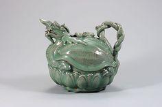 Goryeo Celadon, kettle designed like turtle (Source: National Museum of Korea, Seoul)