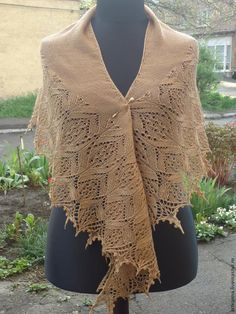 Alpine Meadows is a crescent shaped lace shawl in two sizes - worked from the nape downwards, with a decorative lace edging knitted onto the shawl body at the end. Knitted Shawls, Crochet Shawl, Knit Crochet, Animal Knitting Patterns, Cape Scarf, Lace Knitting, Knitting Needles, Shawls And Wraps, Lana