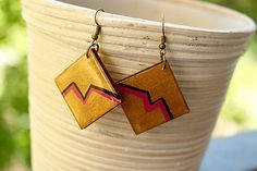 Martinuska / Gold squares/wood earrings