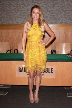 Lauren Conrad, you glorious human dandelion, you.