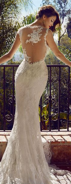 Gorgeous rose wedding gown