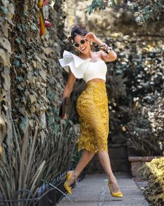 Swans Style is the top online fashion store for women. Shop sexy club dresses, jeans, shoes, bodysuits, skirts and more. Classy Outfits, Chic Outfits, Fashion Outfits, Look Fashion, Girl Fashion, Womens Fashion, Fashion Design, African Fashion Dresses, African Dress