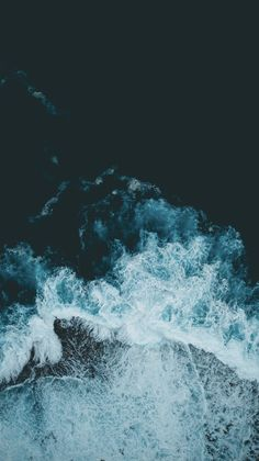 - iphone wallpaper travel – – Cook – - iPhone 2020 made by Apple is said to be in. Iphone Wallpaper Travel, Ocean Wallpaper, Phone Screen Wallpaper, Summer Wallpaper, Wallpaper For Your Phone, Aesthetic Iphone Wallpaper, Aesthetic Wallpapers, Phone Backgrounds, Wallpaper Backgrounds