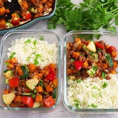 Healthy Lunch Ideas Discover Ground Beef Zucchini Sweet Potato Skillet This Ground Beef Zucchini Sweet Potato Skillet is a gluten-free and paleo-friendly meal that will be ready in less than 30 mins. Lunch Meal Prep, Meal Prep Bowls, Easy Meal Prep, Healthy Meal Prep, Easy Healthy Dinners, Healthy Dinner Recipes, Paleo Meals, Vegan Lunches, Vegetarian Meal