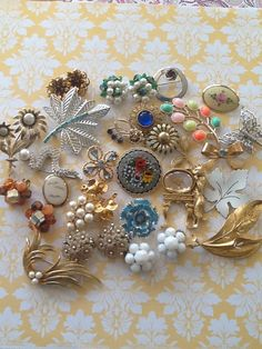 Large Vintage Destash Lot 30 Jewelry Ready to Wear by QuiltsETC, $99.99