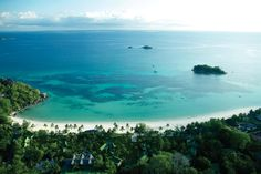 Beach bungalows, tropical gardens, dive school, spa and so much more make this a dream Seychelles island getaway. Praslin Seychelles, Seychelles Islands, Rhino Africa, Destin Fishing, Open Gallery, Best Honeymoon, Beach Activities, Paradise Found, Beach Bungalows