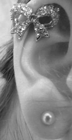 Cute bow! Cartilage Piercing.