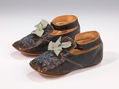Shoes Date: Culture: American Medium: leather Dimensions: 2 x 5 in. x cm) Credit Line: Brooklyn Museum Costume Collection at The Metropolitan Museum of Art, Gift of the Brooklyn Museum, Gift of Mrs. Hollis K. Thayer, 1958 Accession Number: b Victorian Children's Clothing, Antique Clothing, Vintage Shoes, Vintage Outfits, Old Shoes, Costume Collection, Thing 1, Childrens Shoes, Heritage Image