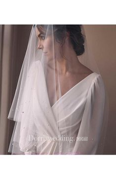 LUMIERE fingertip veil with pearls 8 - Bridal Gowns Headpiece Wedding, Wedding Veils, Wedding Dress Veil, Wedding Bride, Wedding Rings, Modest Wedding, Trendy Wedding, Fingertip Veil, Mantilla Veil
