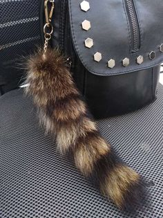 bac812e888 20-30cm Real American Raccoon Fur Tail Keychain bag charm Keyring Cosplay  Toy  fashion