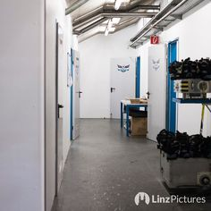#holidayseason starts #now  . . . . . #blackwings #linz #linza #linzpictures #igerslinz #ebel #blackwingslinz @bwlinz @ehcliwestblackwingslinz #liwest #summer #urlaub #lifestyle #holiday #daum #rob #coach #fans #upperaustria #oberösterreich #sommer #ende #end #sorgen