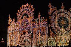 JAPAN (Mc., 11 DIC 2013)       KOBE Christmas Lights Displays. Kobe Luminarie, Japan. Photo by gwaar.  (525×350)
