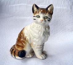 Vintage Nippon Yoko Boeki Japanese Ceramic Cat.