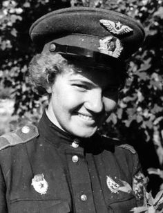 """Glafira """"Irina"""" Kashirina (Russian: Глафира """"Ирана"""" Каширина) was a mechanic and navigator in the 588th Night Bomber Regiment of the Soviet Airforce during World War II, commonly referred to as the Great Patriotic War in the former Soviet Union. After she was shot down on 1 August 1943 she was... Female Hero, Female Soldier, Russian Fighter, Soviet Army, Military Women, Red Army, Beautiful Women Pictures, World War Ii, History"""