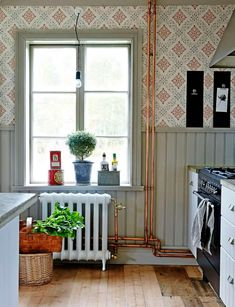 Spare and steampunk, but very cozy! Spare and steampunk, but very cozy! Swedish Cottage, Interior And Exterior, Interior Design, Victorian Kitchen, Swedish Design, Scandinavian Interior, My Dream Home, Future House, Interior Inspiration