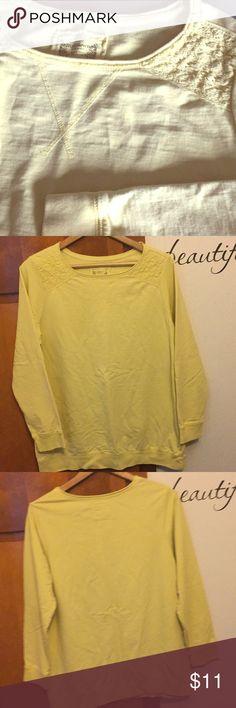 Ruff Hewn 1X- sunshine yellow sweatshirt This sweatshirt is sunshine yellow with lace like details on the shoulders Ruff Hewn Tops Sweatshirts & Hoodies