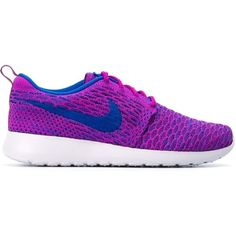 Nike Roshe Run Flyknit Sneakers (965 VEF) ❤ liked on Polyvore featuring shoes, sneakers, nike, zapatillas, purple sneakers, nike sneakers, round toe shoes and laced up shoes